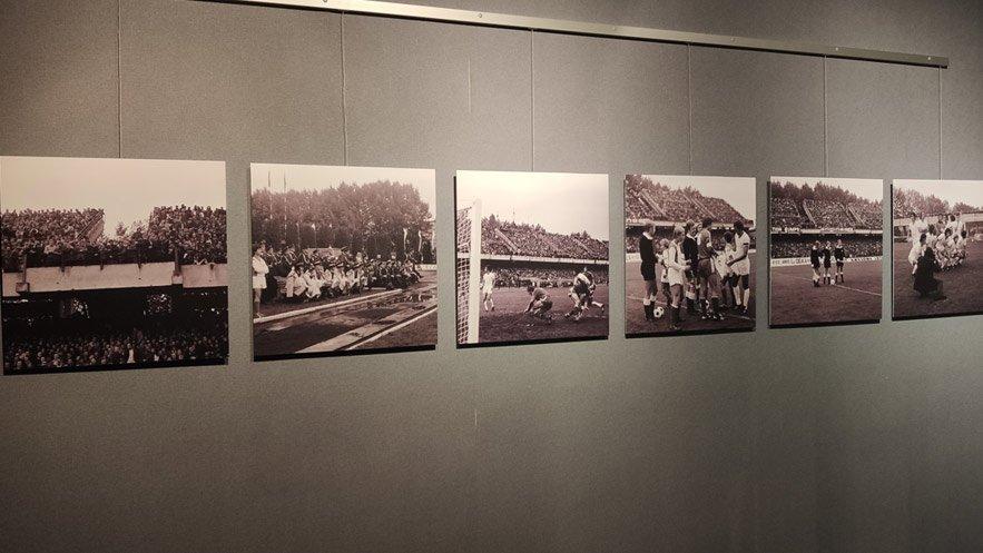 """Wystawa fotografii """"My jesteśmy wierni kibice"""" w Muzeum Historii Fotografii - Jadernówka"""